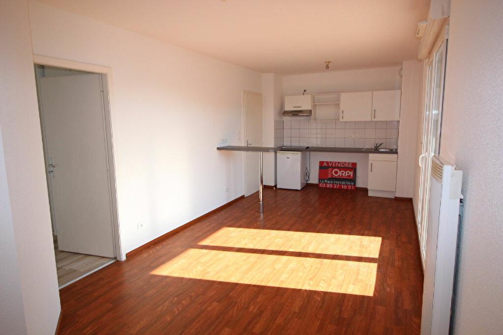 Achat Appartement 2 pièces à Illzach - vignette-1