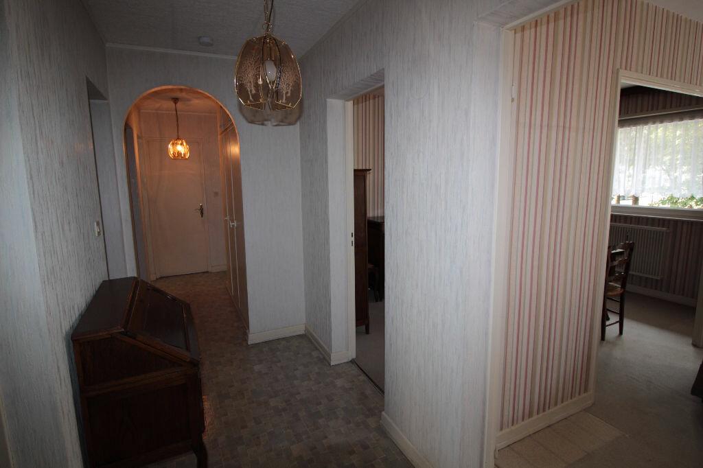 Achat Appartement 4 pièces à Illzach - vignette-8