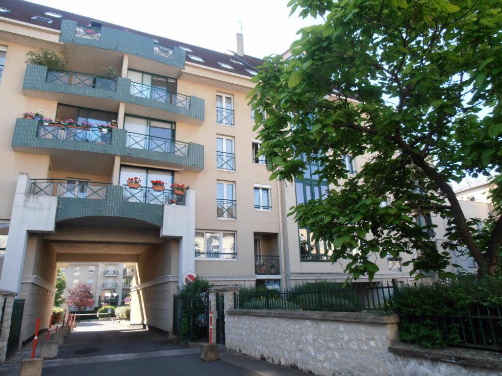 Achat Appartement 1 pièce à Melun - vignette-1