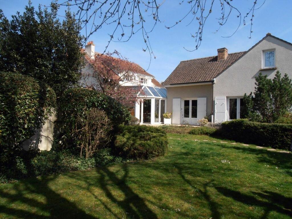 Achat Maison 9 pièces à Dammarie-les-Lys - vignette-1