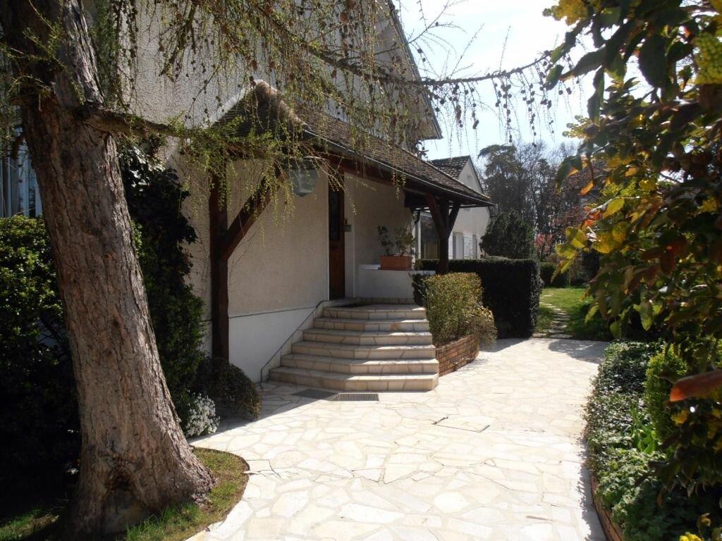 Achat Maison 9 pièces à Dammarie-les-Lys - vignette-4