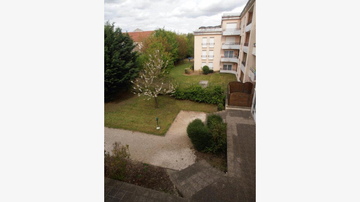 Achat Appartement 2 pièces à Savigny-le-Temple - vignette-6