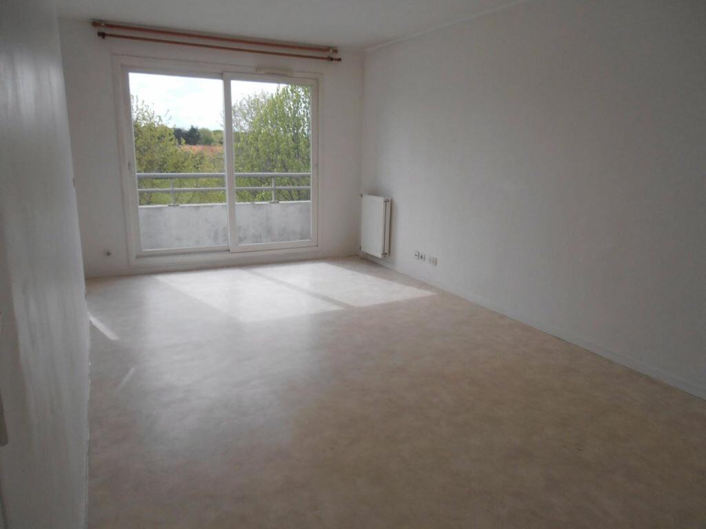 Achat Appartement 2 pièces à Savigny-le-Temple - vignette-10