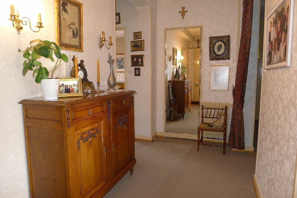 Achat Appartement 4 pièces à Mulhouse - vignette-2