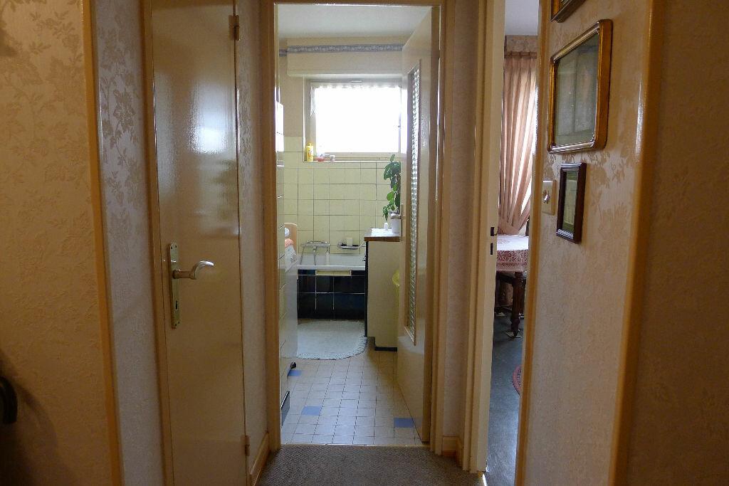 Achat Appartement 4 pièces à Mulhouse - vignette-4