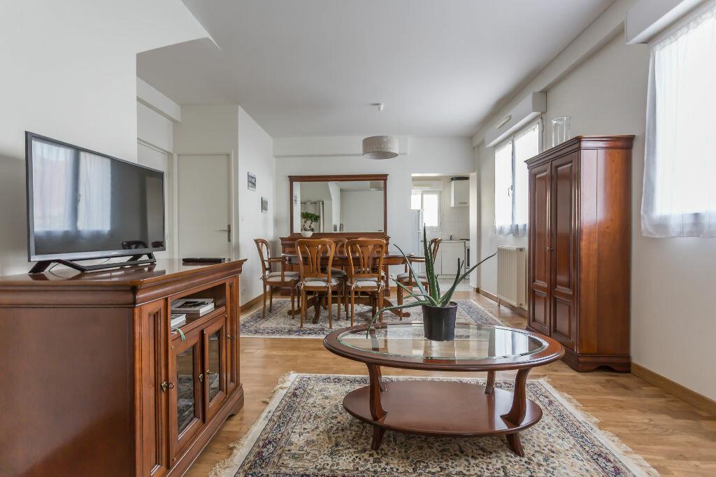 Achat Appartement 2 pièces à Saint-Maur-des-Fossés - vignette-1