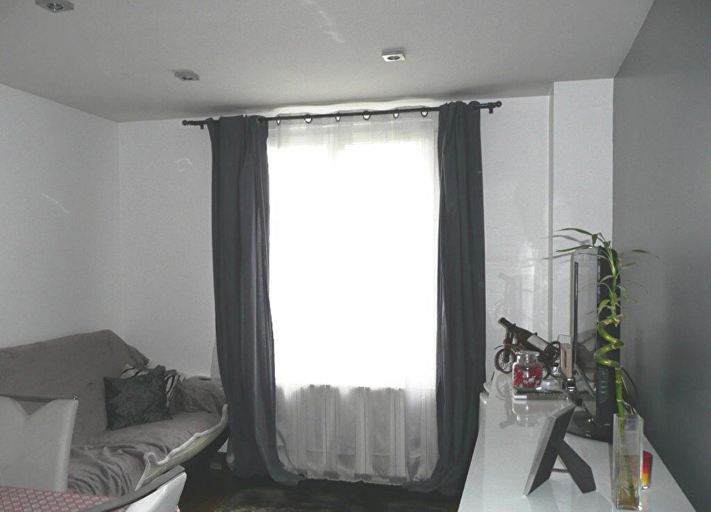 Achat Appartement 2 pièces à Champigny-sur-Marne - vignette-2