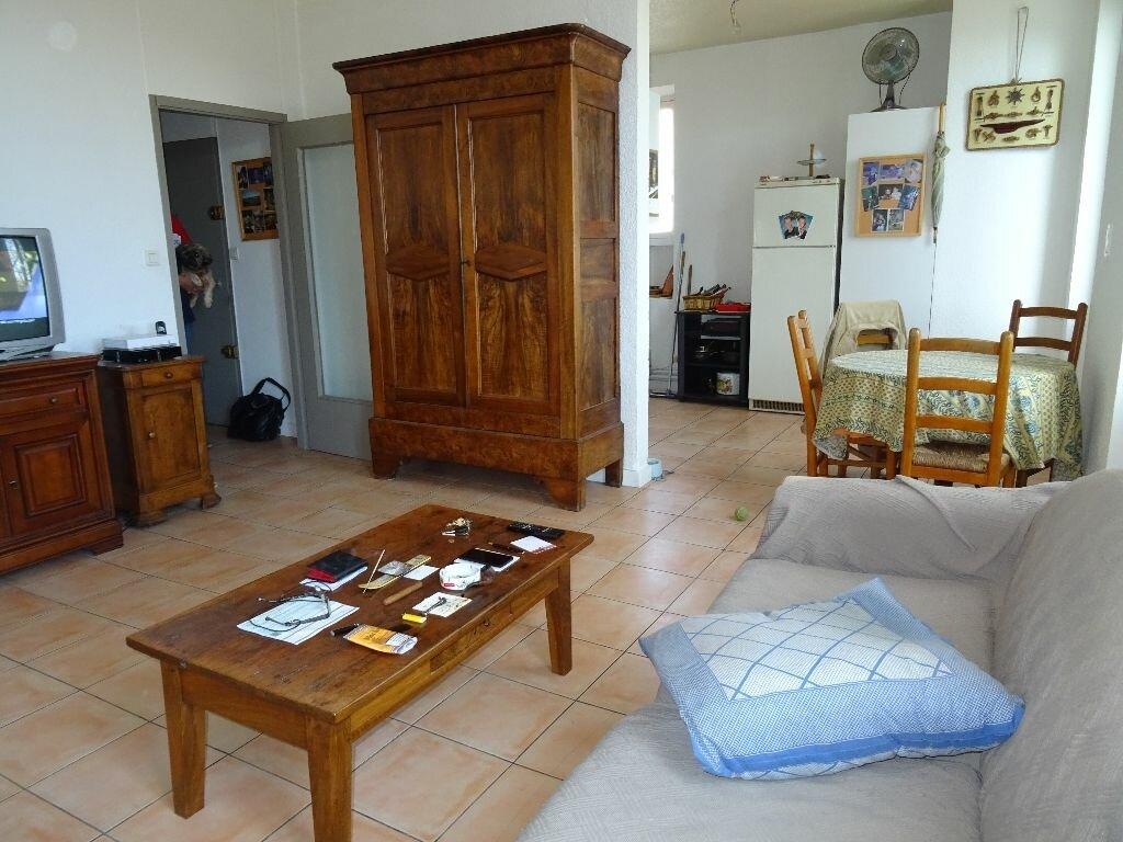 Achat Appartement 3 pièces à Solliès-Pont - vignette-1