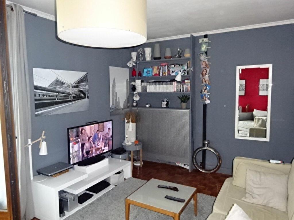 Achat Appartement 3 pièces à Le Thillay - vignette-2