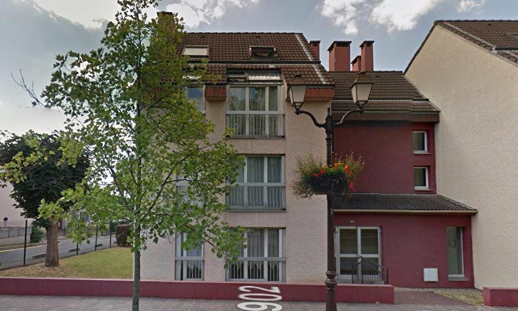 Achat Appartement 1 pièce à Roissy-en-France - vignette-1