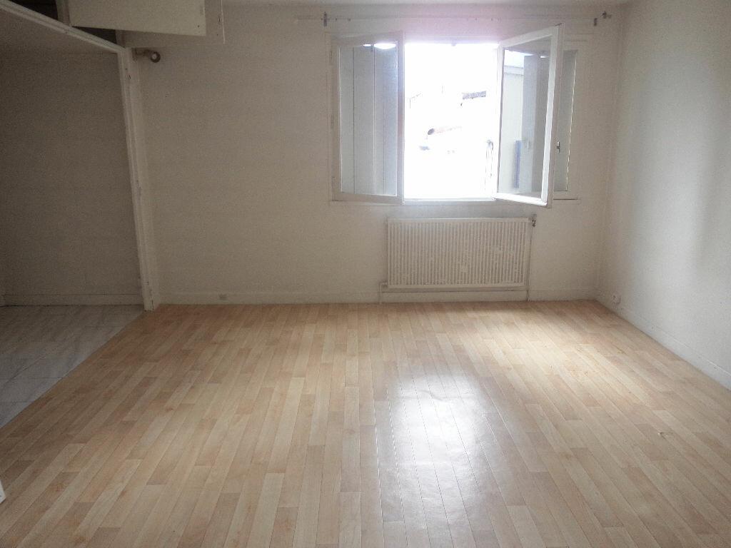 Achat Appartement 5 pièces à Goussainville - vignette-1