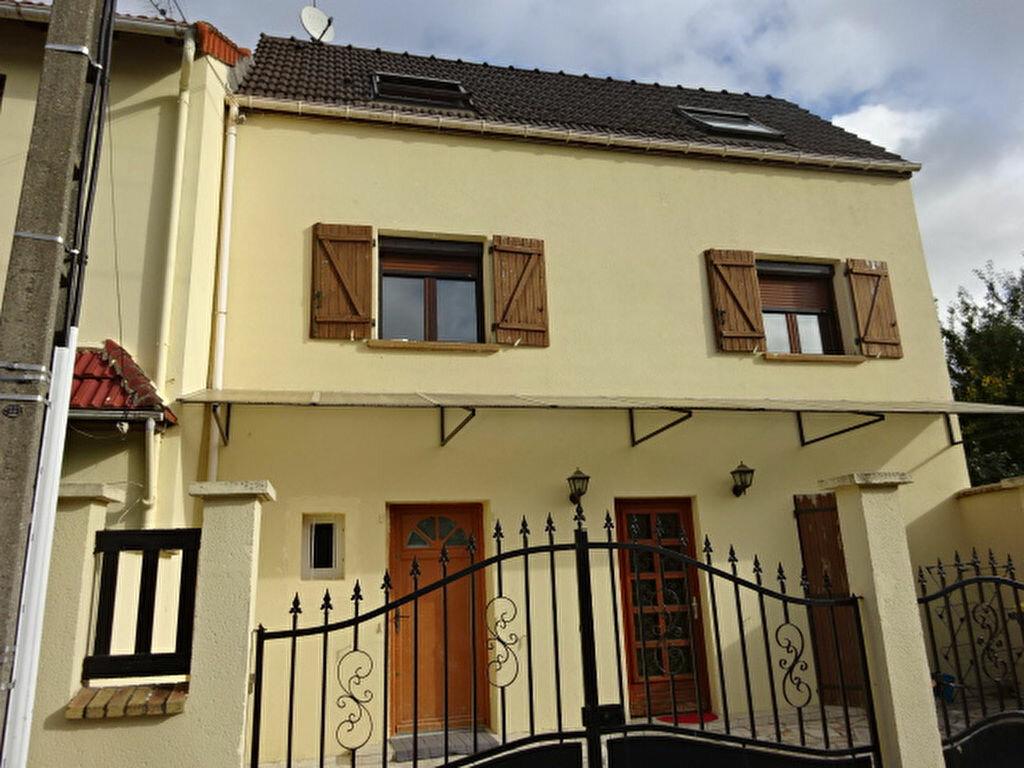 Achat Maison 4 pièces à Villiers-le-Bel - vignette-1