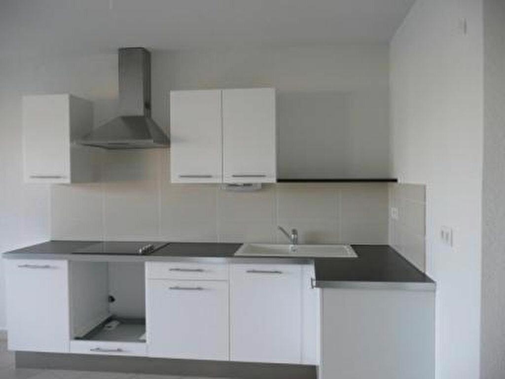 Location Appartement 3 pièces à Castelnau-le-Lez - vignette-1