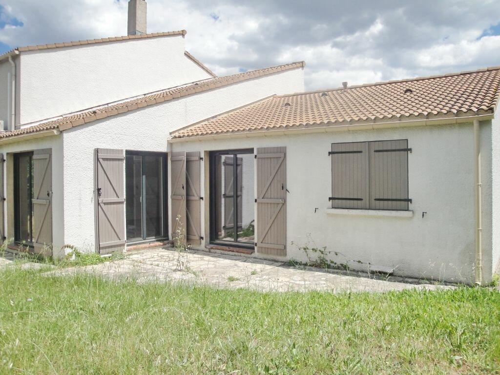 Location Maison 4 pièces à Montpellier - vignette-1