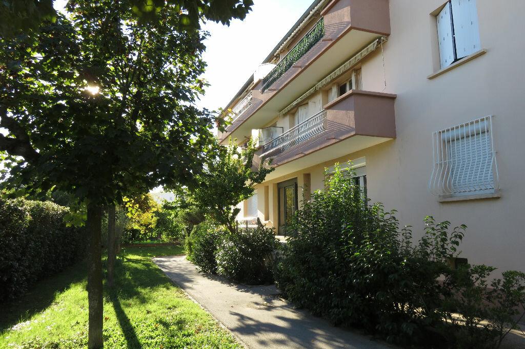 Achat Appartement 5 pièces à Castelnau-le-Lez - vignette-1