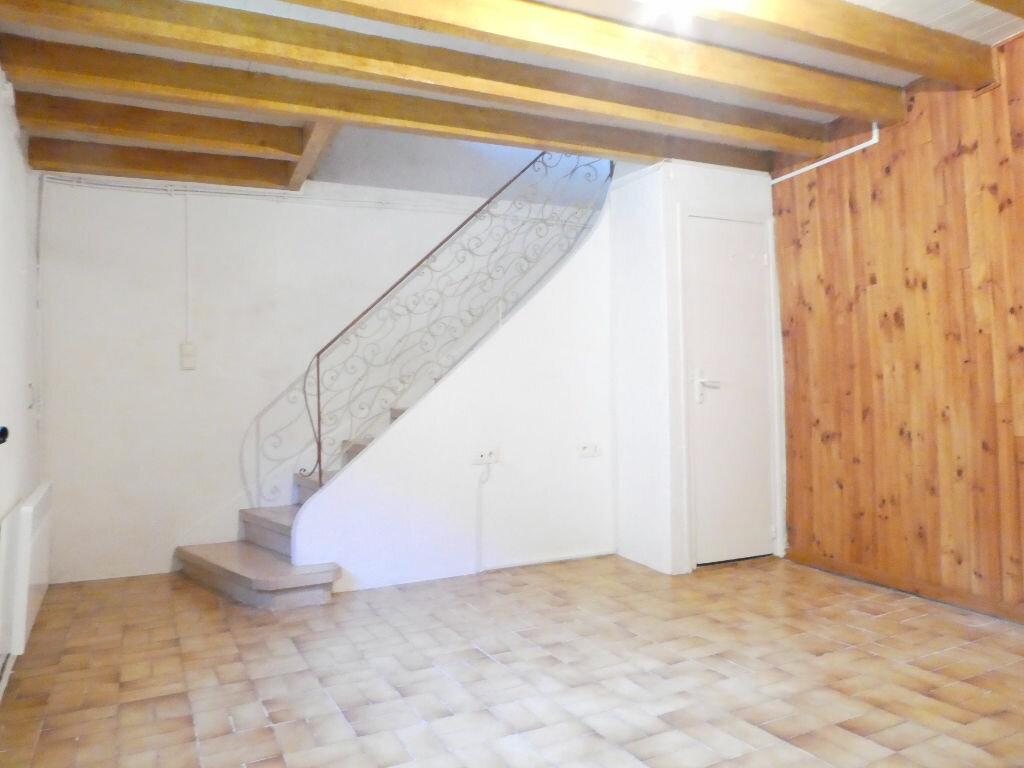 Location Maison 3 pièces à Serdinya - vignette-2