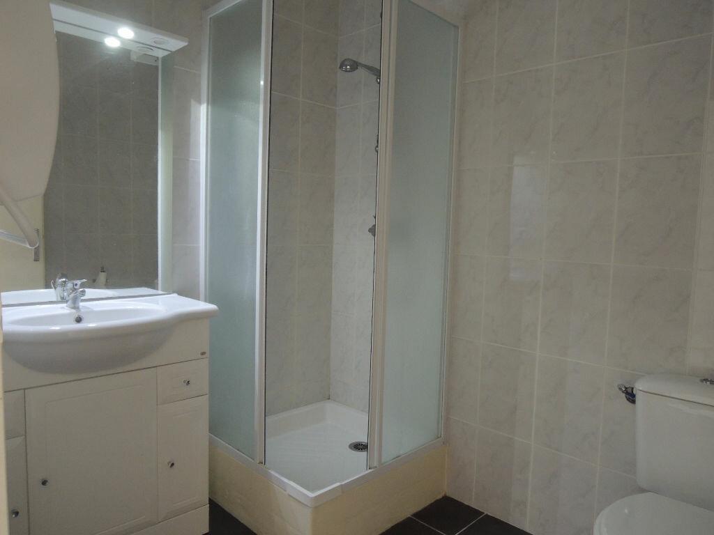 Location Appartement 3 pièces à Prades - vignette-3