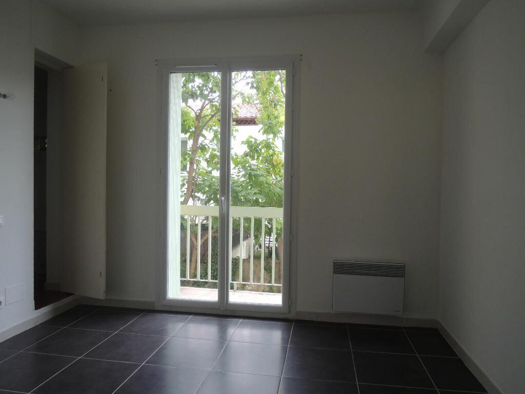 Location Appartement 3 pièces à Prades - vignette-4