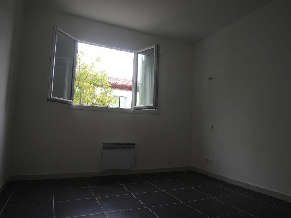 Location Appartement 3 pièces à Prades - vignette-6