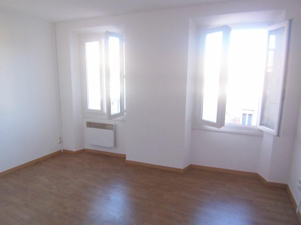 Location Appartement 3 pièces à Prades - vignette-1
