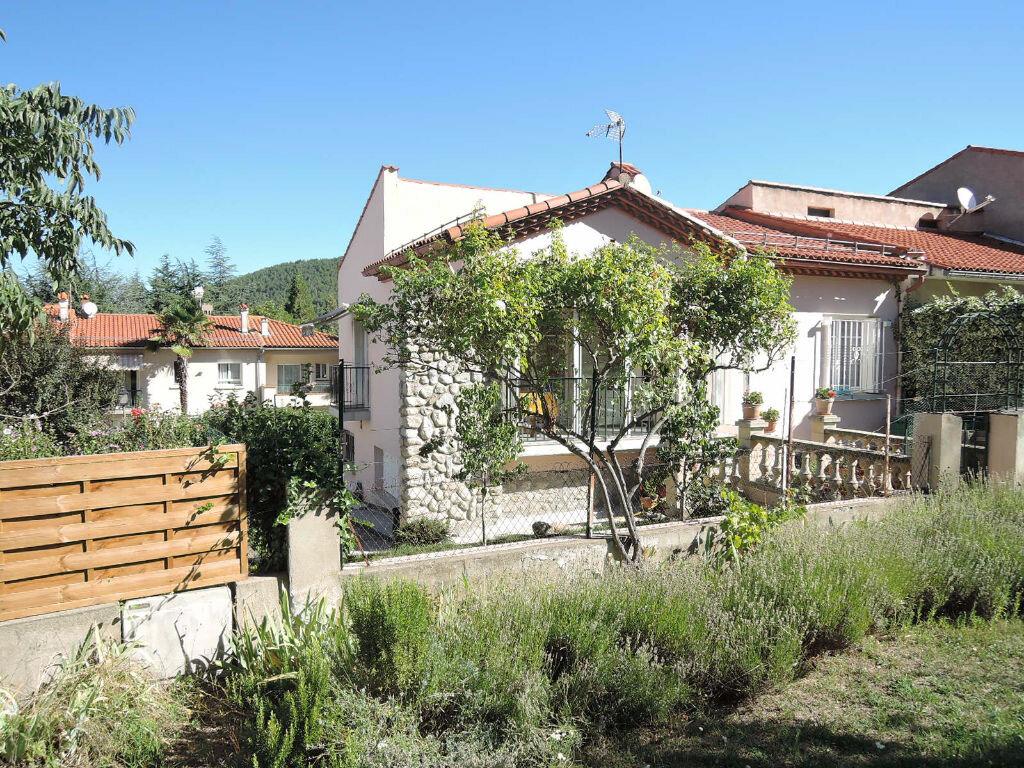 Achat Maison 4 pièces à Vernet-les-Bains - vignette-1