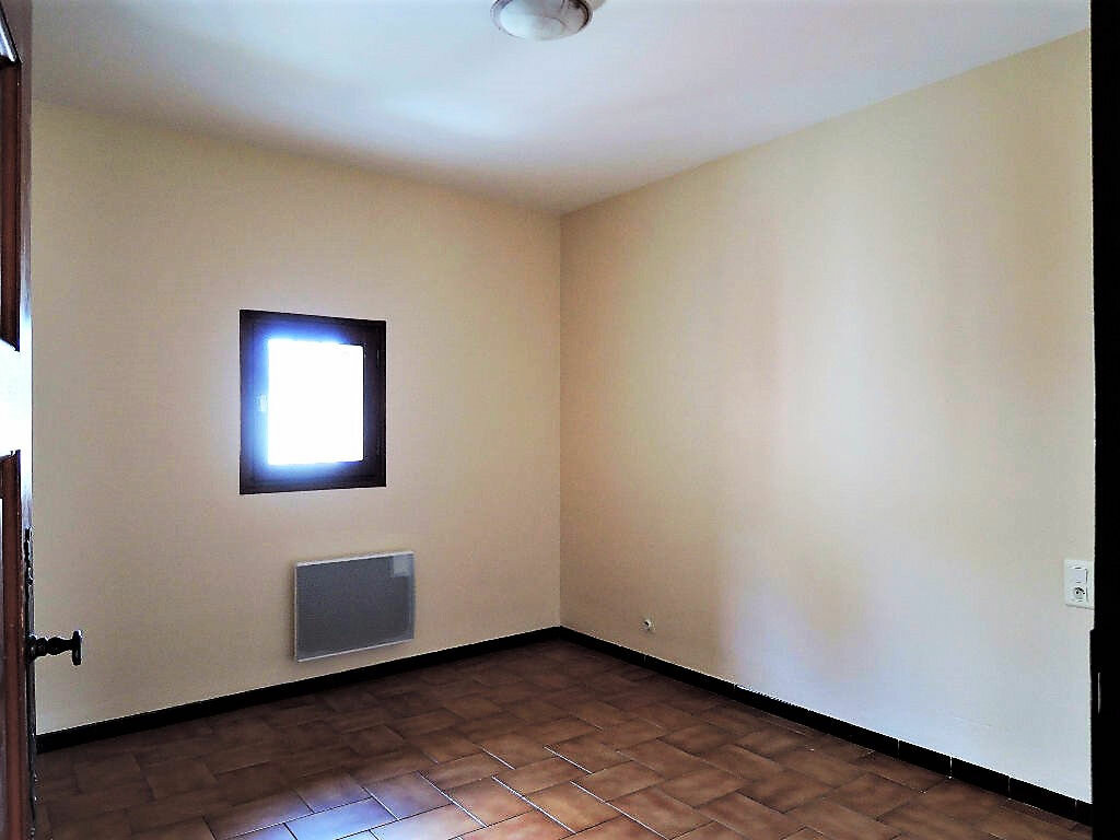 Location Maison 4 pièces à Prades - vignette-1