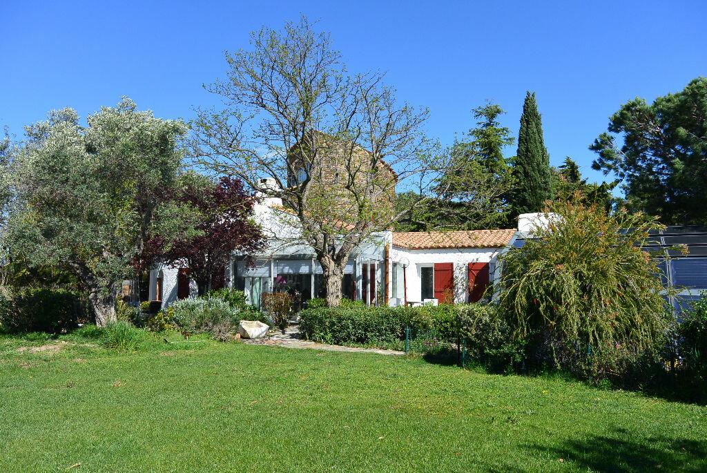 Achat Maison 6 pièces à Canet-en-Roussillon - vignette-1