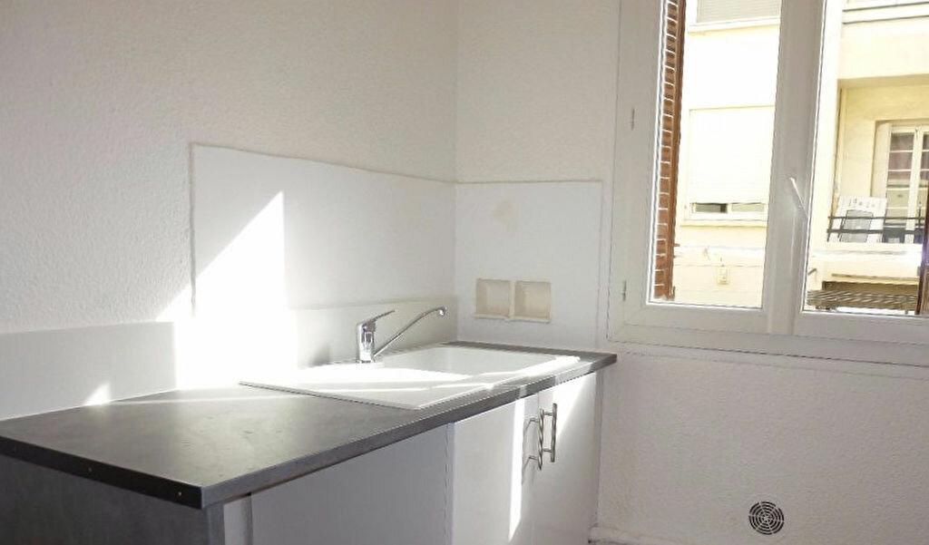 Location Appartement 3 pièces à Perpignan - vignette-2