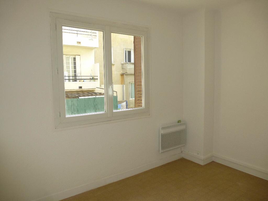 Location Appartement 3 pièces à Perpignan - vignette-3