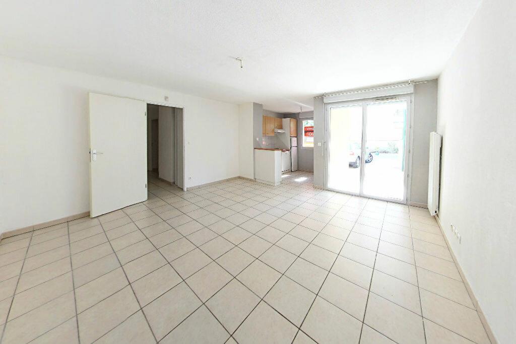Achat Appartement 3 pièces à Saint-Estève - vignette-1
