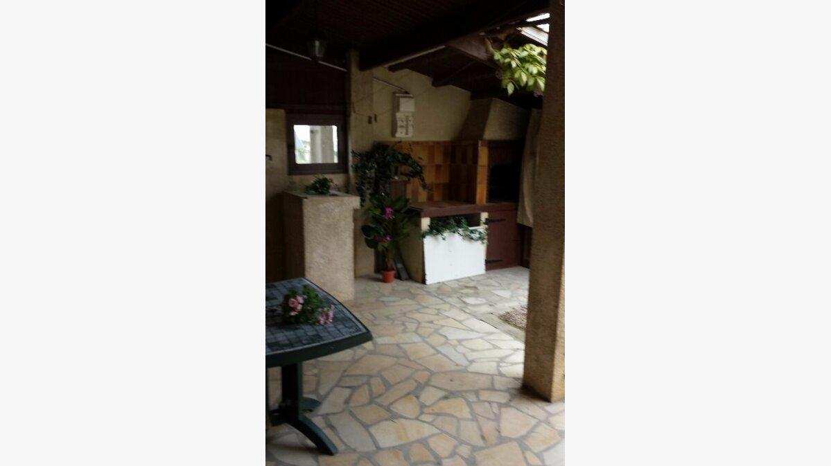 Achat Maison 4 pièces à Saint-Georges-du-Bois - vignette-12