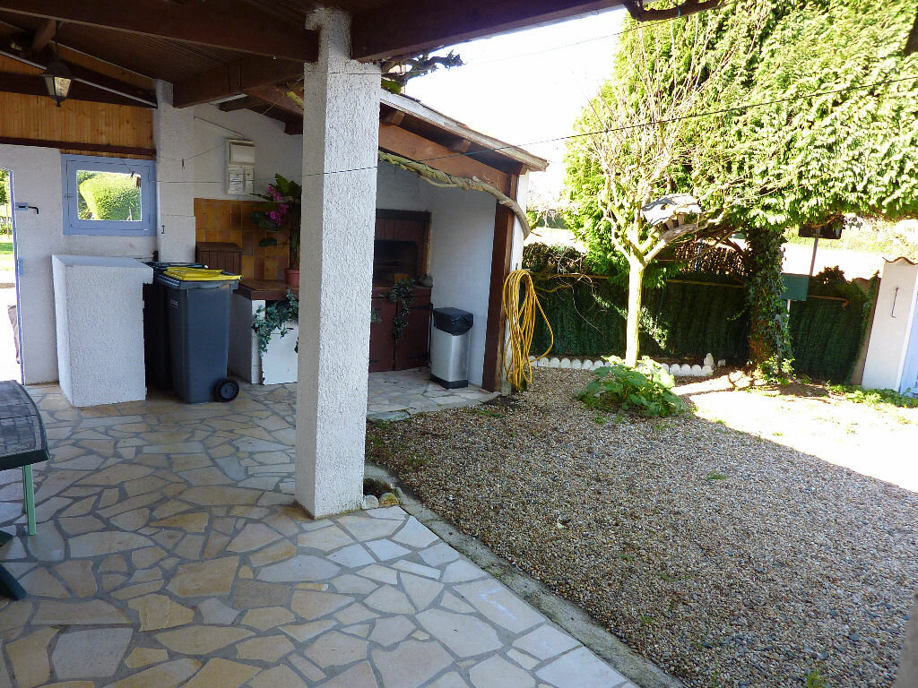 Achat Maison 4 pièces à Saint-Georges-du-Bois - vignette-16