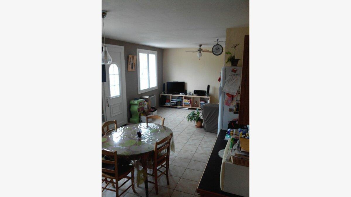 Location Maison 4 pièces à Migré - vignette-1