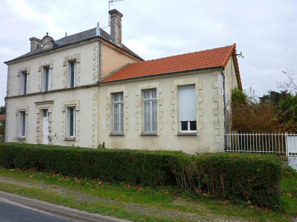 Achat Maison 5 pièces à Bernay-Saint-Martin - vignette-1