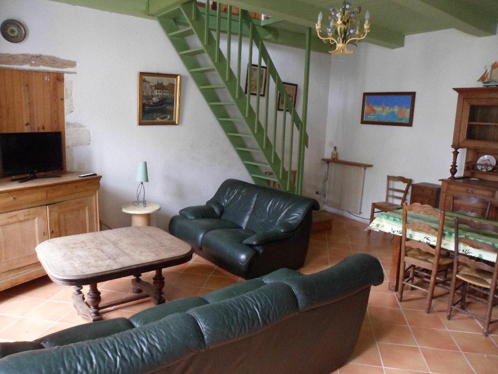 Achat Maison 8 pièces à Saint-Médard-d'Aunis - vignette-7