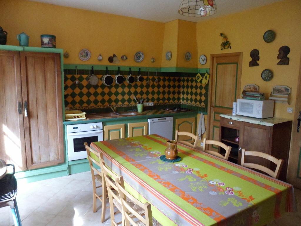 Achat Maison 8 pièces à Saint-Médard-d'Aunis - vignette-8