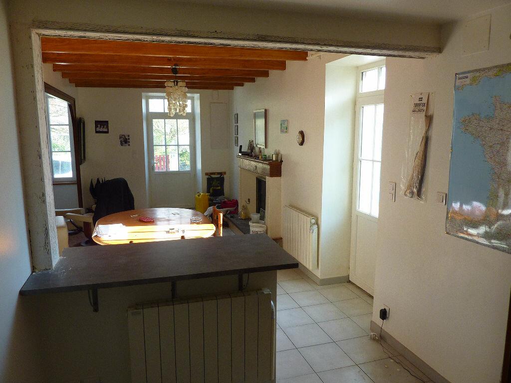 Achat Maison 4 pièces à Saint-Georges-du-Bois - vignette-1