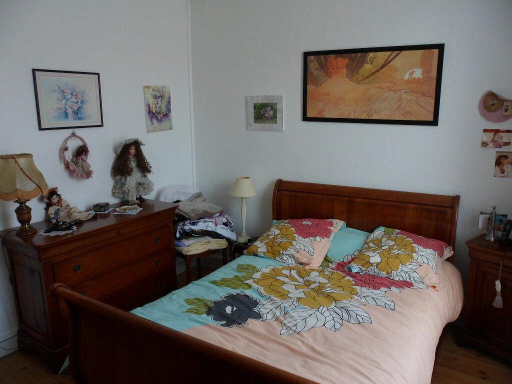 Achat Maison 4 pièces à Ardillières - vignette-5