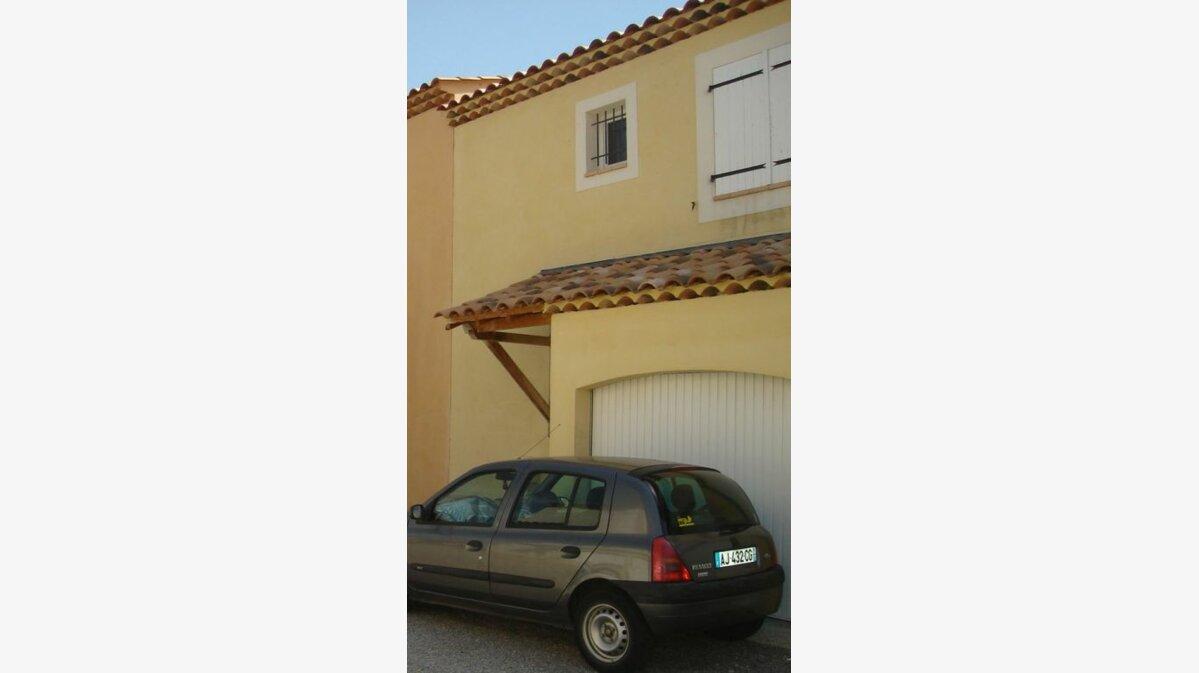 Location Maison 4 pièces à Saint-Julien - vignette-3