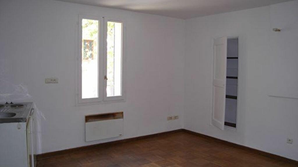Location Appartement 1 pièce à Esparron - vignette-1