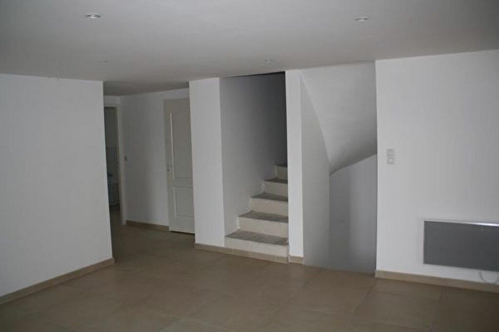Achat Appartement 5 pièces à Saint-Julien - vignette-4