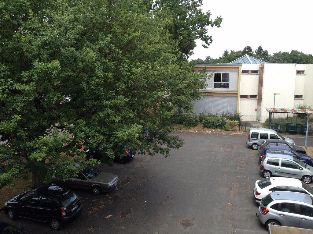 Location Appartement 1 pièce à Orléans - vignette-1