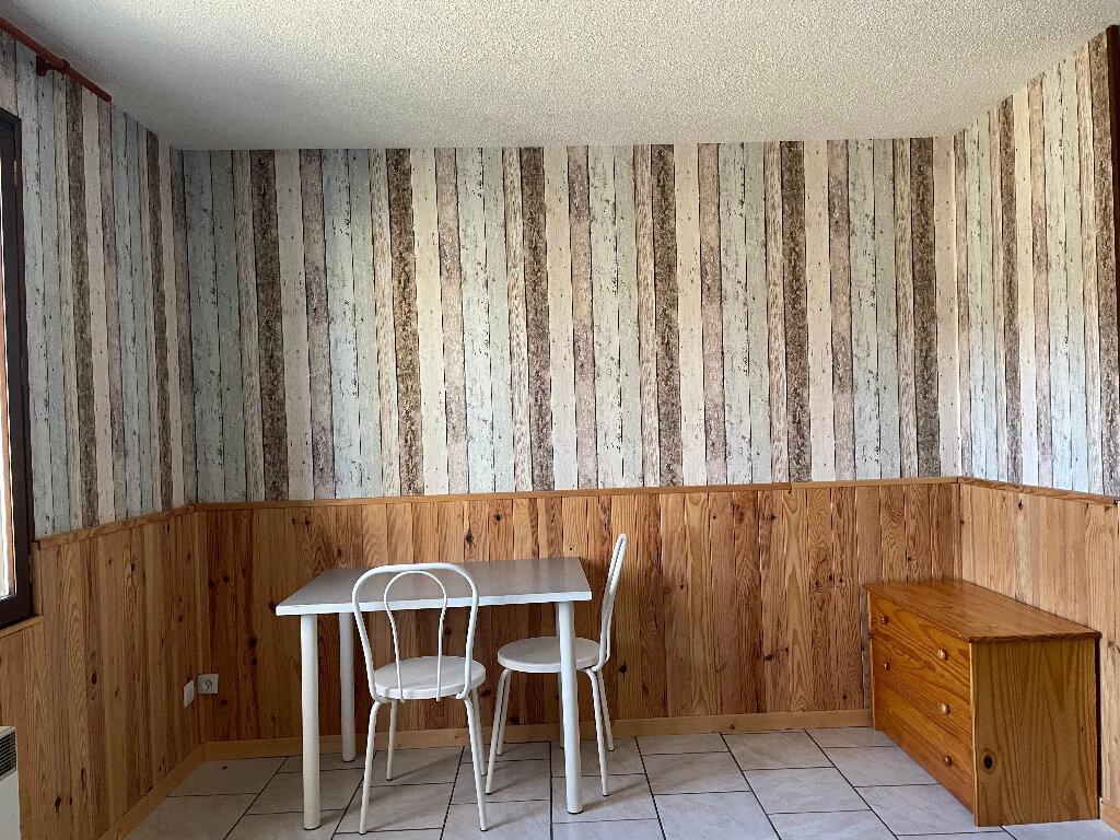 Location Appartement 1 pièce à Vouzon - vignette-2
