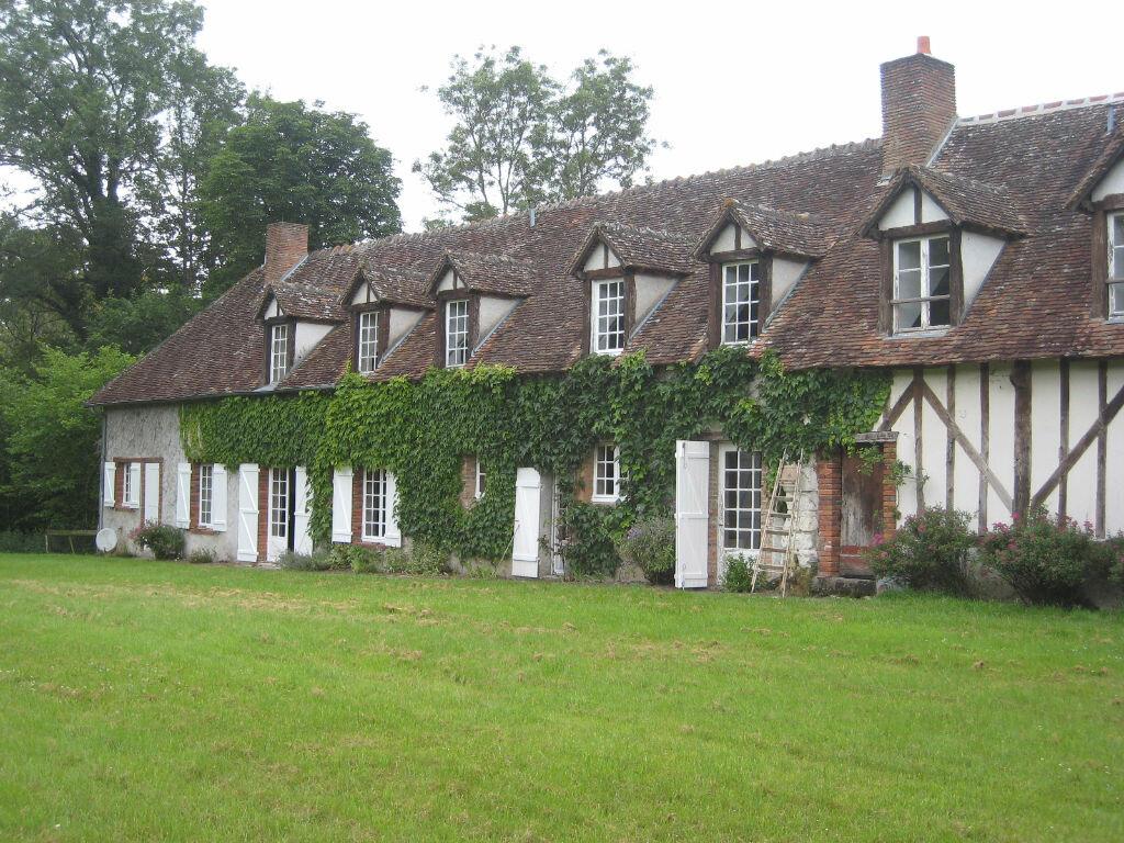Location Maison 8 pièces à Jouy-le-Potier - vignette-1