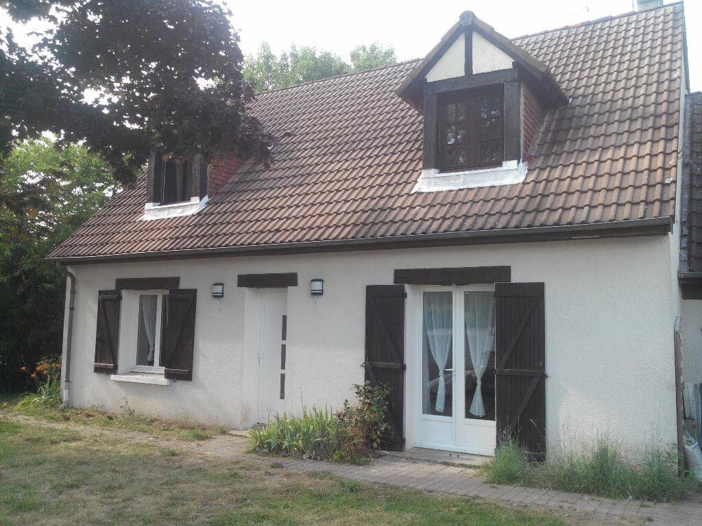 Achat Maison 6 pièces à Pierrefitte-sur-Sauldre - vignette-1