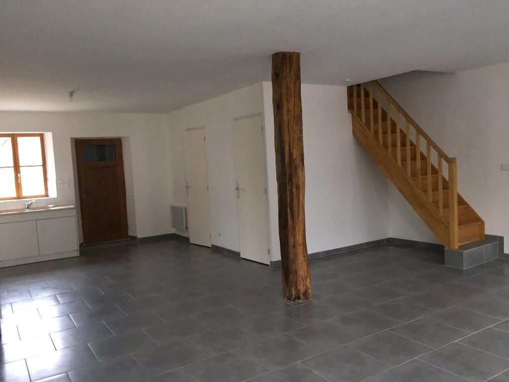 Location Maison 4 pièces à Selles-Saint-Denis - vignette-1