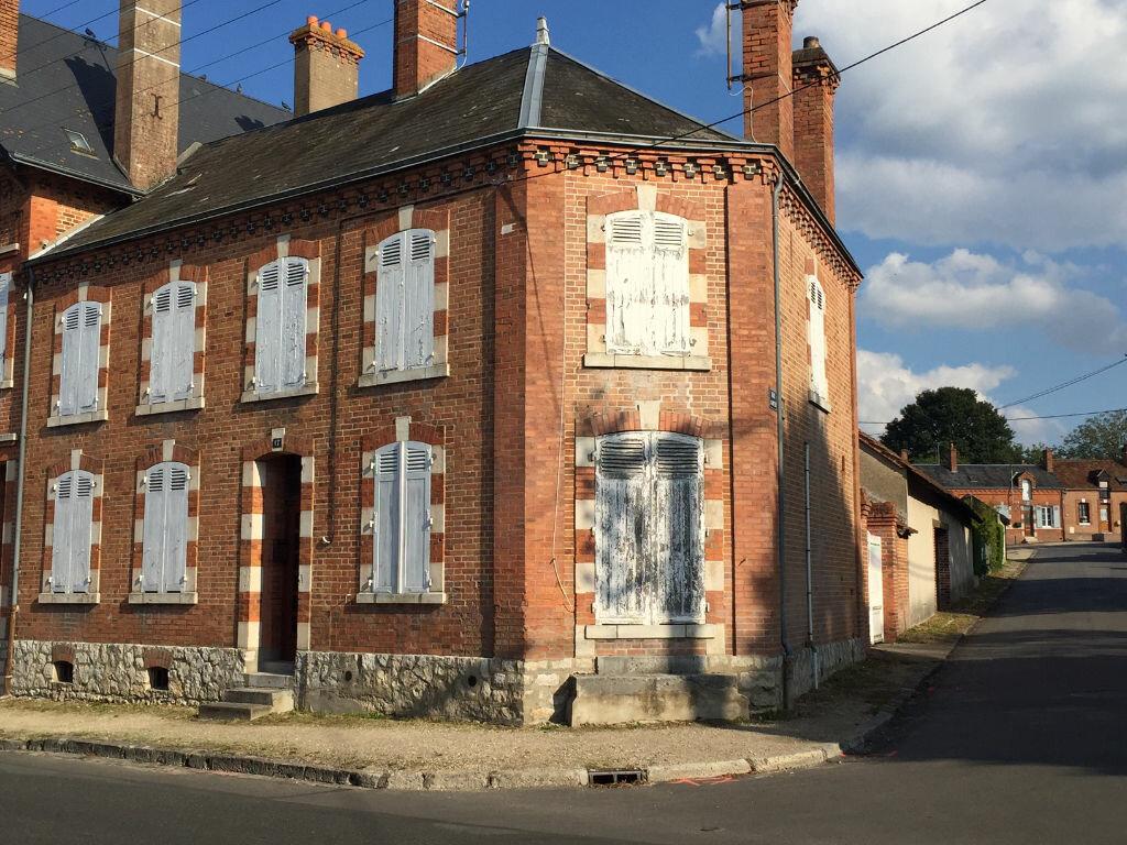 Achat Maison 6 pièces à La Ferté-Saint-Aubin - vignette-1