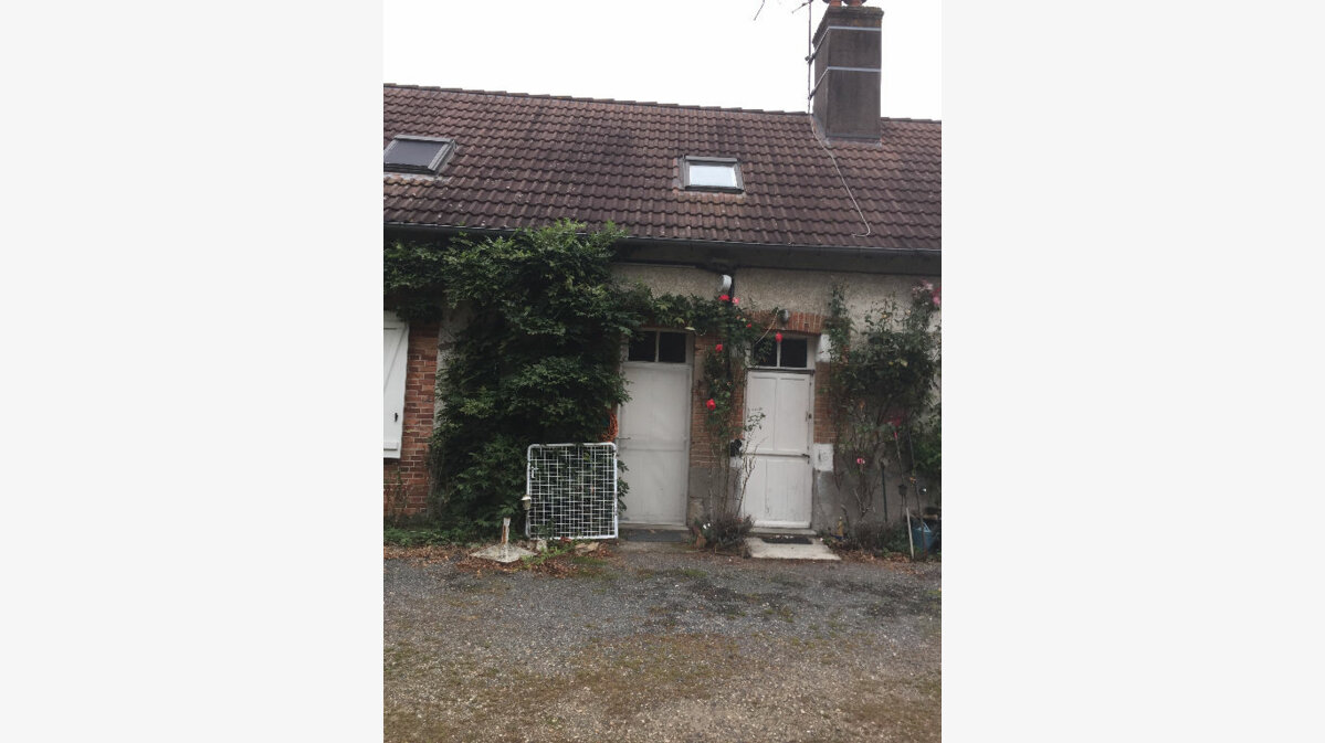 Location Maison 2 pièces à La Ferté-Saint-Aubin - vignette-1