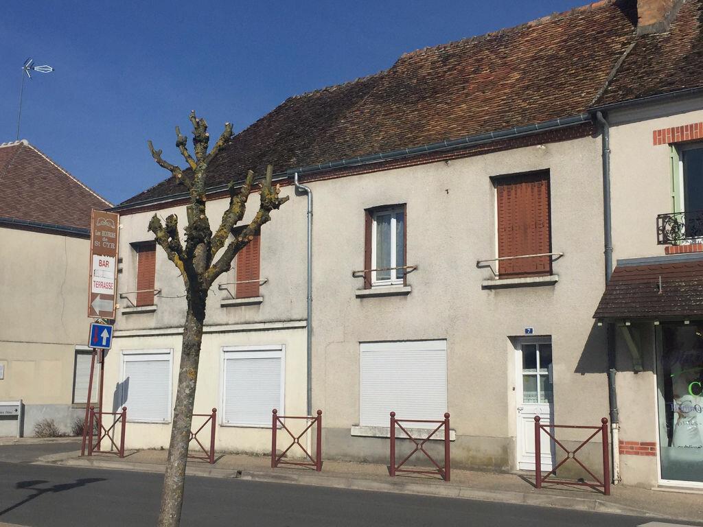 Achat Maison 8 pièces à La Ferté-Saint-Cyr - vignette-1