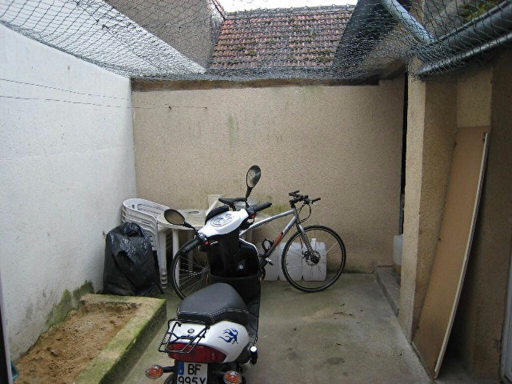 Achat Maison 8 pièces à La Ferté-Saint-Cyr - vignette-5